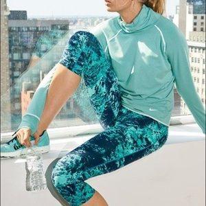 Nike Legendary Blue Green Epic Crop Tights